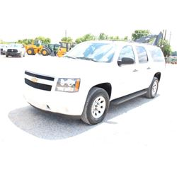 2012 CHEVROLET SURBUBAN VIN/SN:1GNSK5E71CR304905 - 4X4, V8 GAS, A/T, AC, 3RD ROW SEATING, 133,579 MI