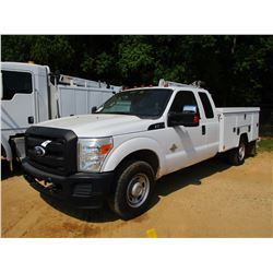 2011 FORD F350 SERVICE TRUCK, VIN/SN:1FD8X3ET1BEA68490 - EXTENDED CAB, FORD POWER STROKE DIESEL ENGI
