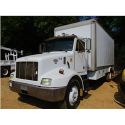 1997 PETERBILT 330 LUBE TRUCK, VIN/SN:3BPNHD7X9VF442714 - S/A, CAT DIESEL ENGINE, 6 SPEED TRANS, 33,