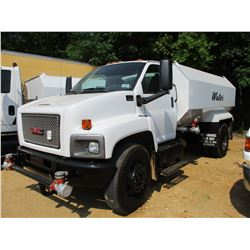 2005 GMC C8500 WATER TRUCK, VIN/SN:1GDM8C1C45F501767 - S/A, CAT DIESEL ENGINE, A/T, WATER TANK BODY