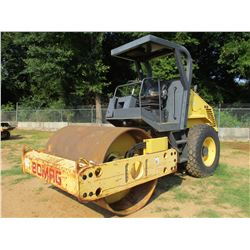 "2006 BOMAG BW177D-3 ROLLER, VIN/SN:901581531364 - VIBRATORY, 66"" SMOOTH DRUM, CANOPY, METER READING"