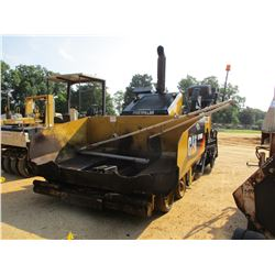 2011 CAT AP600D ASPHALT PAVER, VIN/SN:TF200269 - 8' - 15' CAT AS22520 VERS-A-MAT SCREED, METER READI