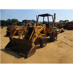 "CASE 580C LOADER BACKHOE, VIN/SN:8973812 - GP BUCKET, 24"" HOE BUCKET, CANOPY, METER READING 2,439 HO"