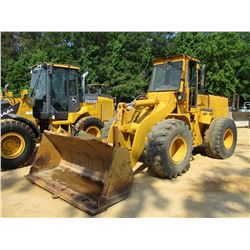 INTERNATIONAL 520 WHEEL LOADER, VIN/SN:3600302P011105 - QUICK COUPLER, GP BUCKET, FORKS, ECAB, 20.5-