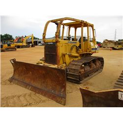 KOMATSU D58E1 CRAWLER TRACTOR, VIN/SN:82450 - 6 WAY BLADE, CANOPY, SWEEPS, METER READING 8,359 HOURS