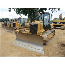 CAT D5K XL CRAWLER TRACTOR, VIN/SN:WWW01655 - 6 WAY BLADE, SYSTEM 1 U/C, ECAB W/AC, METER READING 1,