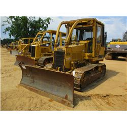 CAT D3C CRAWLER TRACTOR, VIN/SN:5HG01062 - 6 WAY BLADE, ECAB, SWEEPS, SCREENS, REAR HYD