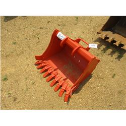 BOBCAT MINI EXCAVATOR BUCKET QUICK CONNECT