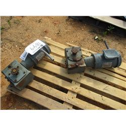 (2) ELETRIC MOTORS W/GEAR BOX
