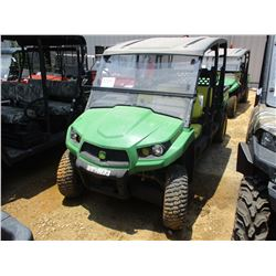 2015 JOHN DEERE XUV550 S4 SIDE BY SIDE, VIN/SN:050133 - 4X4, WINDSHIELD, CANOPY, REAR DUMP BOX, METE