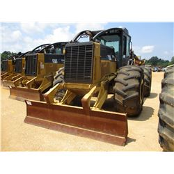 2009 CAT 525C SKIDDER, VIN/SN:52500745 - GRAPPLE, DUAL ARCH, WINCH, ECAB W/AC, 30.5L-32 TIRES, METER