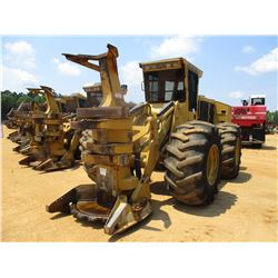2015 TIGERCAT 724G FELLER BUNCHER, VIN/SN:7243203 - TIGERCAT SW5702 SAW HEAD, ECAB W/AC, 30.5L-32 TI