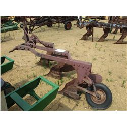 3 ROW BOTTOM PLOW