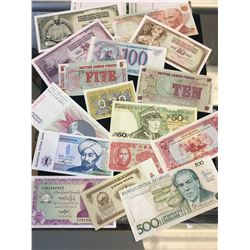 WORLD BANKNOTE LOT! UNC NOTES!