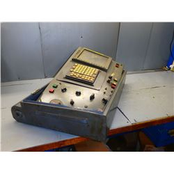 FANUC SERIES 180i-M CONTROL PANEL **** FOR PARTS ONLY--- SEE PICS!!