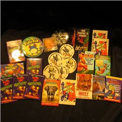 (20) Walt Disney Pin backs from various old Movies; & (5) 1971 & 73 Homecoming Pinbacks from Univers