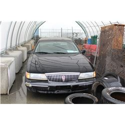 1997 LINCOLN CONTINENTAL SRS - BLACK - VIN# 1LNLM97V4VY610334 - 252,000 KMS - GASOLINE - AUTOMATIC