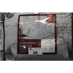 MADISON QUEEN SIZE BED SET