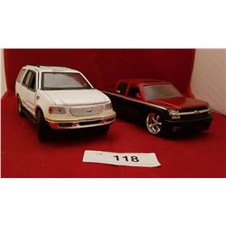 FORD EXPEDITION & CHEVY AVALACHE DIE CAST TRUCKS