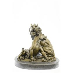 Relaxing Lions Bronze Statue on Marble Base Figurine