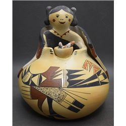 HOPI POTTERY JAR (DASHEE)