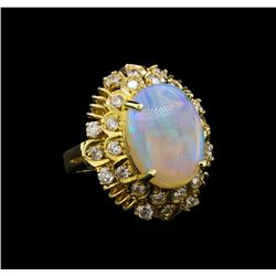 14KT Yellow Gold 3.68 ctw Opal and Diamond Ring