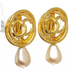 Chanel Gold CC Logo Faux Pearl Drop Clip On Earrings