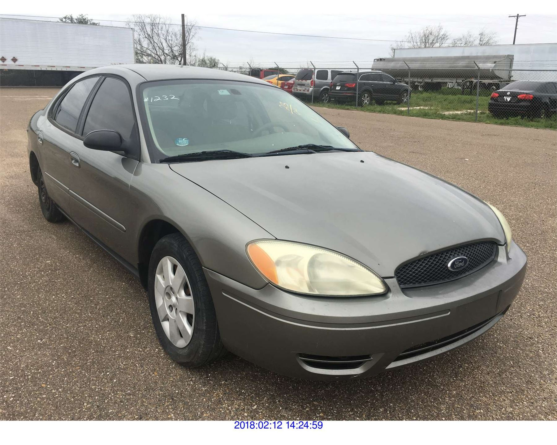 Image 1 2004 ford taurus texas registration only