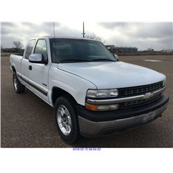 2000 - CHEVROLET SILVERADO//TEXAS REGISTRATION ONLY