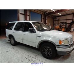 2001 - FORD EXPEDITION // SALVAGE TITLE