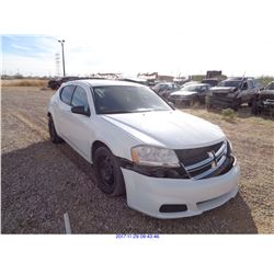2012 - DODGE AVENGER // SALVAGE TITLE