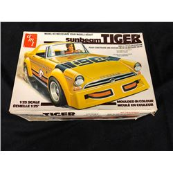 AMT SUNBEAM TIGER 1/25 SCALE MODEL IN BOX