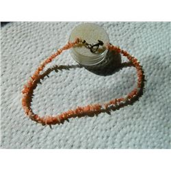 NECKLACE - CHOKER - CORAL