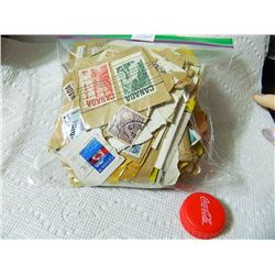 LOT OF ASSORTED STAMPS