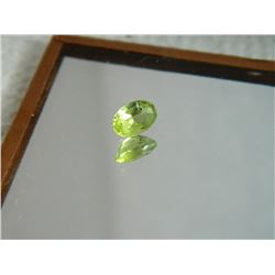 GEMSTONE - PERIDOT - OVAL FACETED - 6.0 X 4.1 X 2.9mm