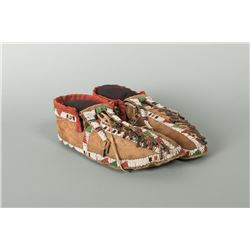 """Central Plains Beaded Man's Moccasins, 10"""" long"""