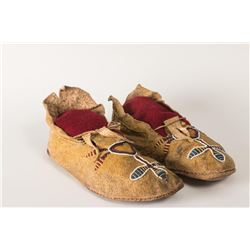 "Southern Plains Beaded Man's Moccasins, 10"" long"