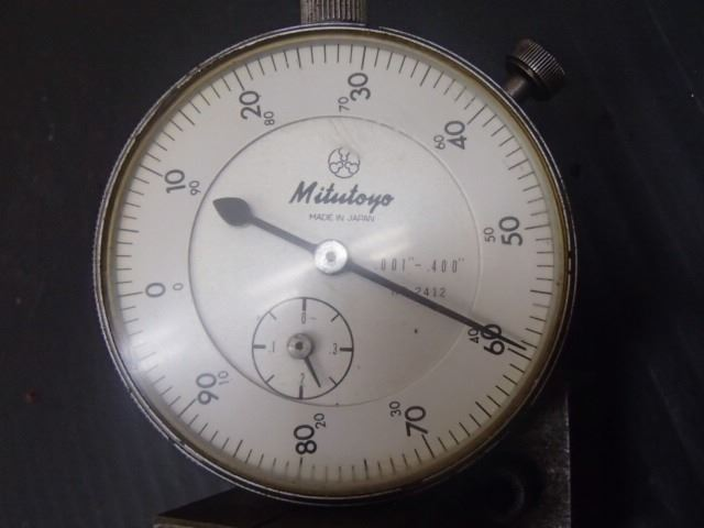 Dial Indicator Assembly : Mitutoyo v block dial indicator assembly