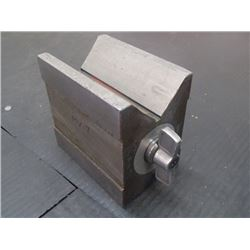 "Magnetic V-Block, Overall: 4"" x 2.5"" x 3.5"""