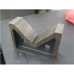 "Eclipse Steel V-Block, Overall: 8.5"" x 3"" x 6"""