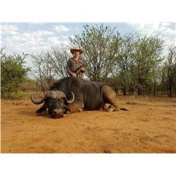 RSA CAPE BUFFALO, SABLE OR ROAN FOR 2 COUPLES