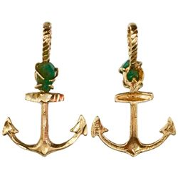 Natural emerald from the Maravillas (1656), about 1 carat, mounted in 14K gold anchor pendant.