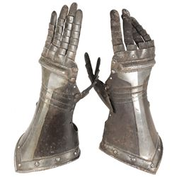 Pair of antique German armor gauntlets, 1600s.