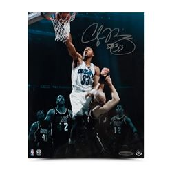 "Alonzo Mourning Signed Hornets ""Thunder Slam"" 8x0 Photo (UDA COA)"