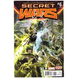 "Stan Lee Signed ""Secret Wars"" Comic Book (Lee COA)"