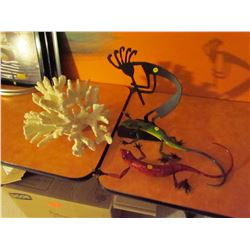 4 decorative pieces- 2 lizards, coral statue