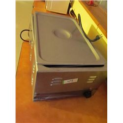 Classic APW insulated food warmer. Intertek model: 10-3VI