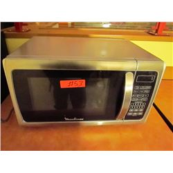 Mouliex stainless steel microwave. Model: EM925ARV-P1