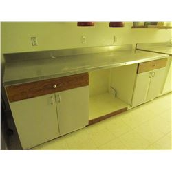 96 X 33 cupboard with stainless steel top