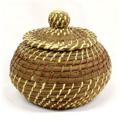 Native American Coushatta Lidded Basket